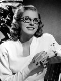 Eleanor Parker Wearing Eyeglasses Photo