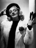 Marlene Dietrich, Early 1940s Photo