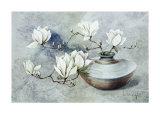 Oriental Magnolias II Art by Franz Heigl
