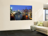 Rialto Bridge, Grand Canal, Venice, Italy Wall Mural by Demetrio Carrasco