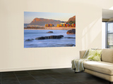 Panorama of Muizenburg, False Bay, Cape Town, South Africa Mural por Peter Adams