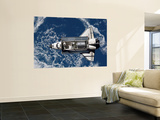 Space Shuttle Discovery Wall Mural