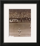 Bobby Thomson - 1951 Home Run Celebration (at home plate) Print