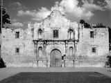Mission San Antonio De Valero, also known as the Alamo. 1961 Photo
