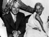 Charlie Chaplin and Mahatma Gandhi, London, England, September 22, 1931 Fotografía