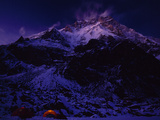 Nanga Parbat looms above the expedition's base camp Fotografisk tryk af Tommy Heinrich