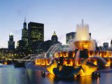 Fountain in a City Lit Up at Night, Buckingham Fountain, Chicago, Illinois, USA Photographic Print