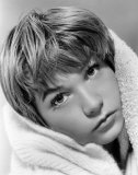 Shirley MacLaine Photo