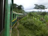 Train Travelling Betwen Manakara and Fianarantsoa, Madagascar Fotografisk tryk af Inaki Relanzon