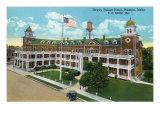 Nampa, Idaho - Exterior View of the Dewey Palace Hotel, c.1926 Posters