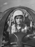 Hottest Wartime Pilot Flying in the Blue Angels Is Lieutenant Arthur Kawkins Lámina fotográfica de primera calidad por J. R. Eyerman