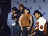 Rap Group the Beastie Boys Adam Horovitz, Adam Yauch, and Mike Diamond with Dj Hurricane Fototryk i høj kvalitet