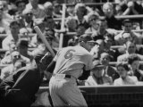 Baseball Player Stan Musial Standing at Bat Fototryk i høj kvalitet