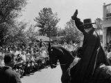 Actor Guy Williams Playing Zorro at Disneyland Fototryk i høj kvalitet af Allan Grant