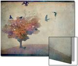 Oversized Crows Flying from Tree Kunstdrucke von Mia Friedrich