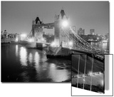 A View of Tower Bridge on the River Thames Illuminated at Night in London, April 1987 Plakater