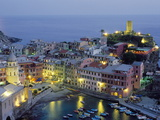 Village of Vernazza in the Evening, Cinque Terre, Unesco World Heritage Site, Liguria, Italy Posters por Bruno Morandi