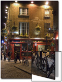 The Temple Bar Pub, Temple Bar, Dublin, County Dublin, Republic of Ireland (Eire) Poster von Sergio Pitamitz