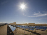 Solar Panels for Electricity Generation, Mojave Desert, California, USA Photographie par Marli Miller