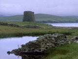 Broch of Mousa, 1st Century BC to 3rd Century AD, Island of Mousa, Shetland Islands, Scotland Reproduction photographique par Patrick Dieudonne