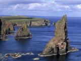Sea Stacks at Duncansby Head, Near John O'Groats, North-West Tip of Scotland, Caithness, Scotland Reproduction photographique par Patrick Dieudonne