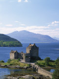 Eilean Donnan Castle, Loch Duich, Highlands, Scotland, United Kingdom, Europe Photographic Print by Lee Frost