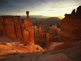 Backlit Hoodoos and Thor's Hammer, Bryce Canyon National Park, Utah, USA Photographic Print by Lee Frost