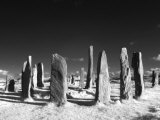 Standing Stones of Callanish, Callanish, Near Carloway, Isle of Lewis, Scotland Fotografisk tryk af Lee Frost