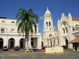 Church of Santo Domingo in the Casco Viejo, Panama City, Panama, Central America Photographic Print by Robert Francis