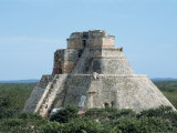 Uxmal, UNESCO World Heritage Site, Yucatan, Mexico, North America Photographic Print by Harding Robert