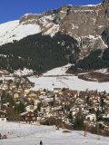 Ski Resort of Flims in Winter with Snow on the Ground in the Graubunden Region of Switzerland Fotografisk trykk av Miller John