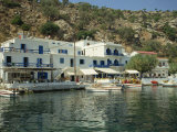 Hotel and Harbour, Loutro, Sfakia, Crete, Greek Islands, Greece, Europe Photographie par O'callaghan Jane