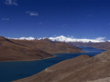 Yamdrok Lake, Tibet, China Photographic Print by Wright Alison
