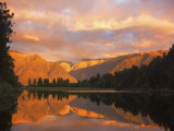 Sunset, Lake Matheson and Southern Alps, Westland, South Island, New Zealand, Pacific Photographie par Schlenker Jochen
