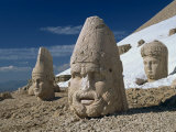 Statue Heads of Zeus, Antiochos and Tyche, West Terrace at Nemrut Dag, Anatolia, Turkey Minor Photographic Print by Woolfitt Adam