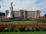 Victoria Monument and Buckingham Palace, London, England, United Kingdom, Europe Photographic Print by Rawlings Walter