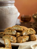 Cantuccini, Tuscan Biscuits with Hazelnuts and Almonds, Tuscany, Italy, Europe Fotografisk tryk af Tondini Nico