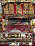 Decorated Lorry, Gilgit, Pakistan Photographie par Strachan James