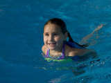 5 Year Old Girl Swimming in Pool, Woodstock, New York, USA Photographic Print by Paul Sutton