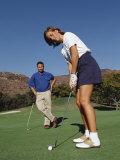 Couple on the Golf Cource Fotografisk tryk af Chris Trotman