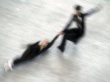 Blured Action of Pairs Figure Skaters Doing a Death Spiral Photographie par Steven Sutton