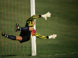 Soccer Goalie in Action Fotografie-Druck