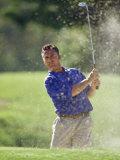 Male Golfer in Action Fotografisk tryk af Chris Trotman