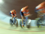 Blurred Action of Cycling Team on Velodrome, Sydney, Australia Lámina fotográfica