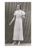 Twenties Mannequin in Long Dress Print