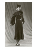 Twenties Mannequin with Mutton Sleeves Prints