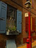 Elfreth's Alley, Philadelphia, Pennsylvania, USA Photographic Print by Ellen Clark