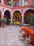 A Six Bedroom Bed & Breakfast, San Miguel, Guanajuato State, Mexico Fotografisk tryk af Julie Eggers