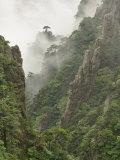 Peaks and Valleys of Grand Canyon in West Sea, Mt. Huang Shan, China Fotografie-Druck von Adam Jones