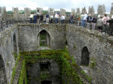 Waiting in Line To Kiss The Blarney Stone, Blarney Castle, Ireland Fotografie-Druck von Cindy Miller Hopkins